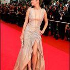Marion Cotillard et sa robe fendue au Festival de Cannes