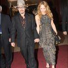 Johnny Depp et Vanessa Paradis avec sa robe ouverte à Cannes