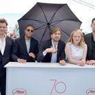 """Dominic West, Christopher Laesso, Ruben Östlund, Elisabeth Moss et Claes Bang présentent """"The Square"""" à Cannes"""
