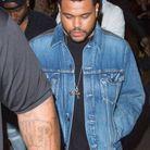 Peu après, c'est au tour de The Weeknd de faire son entrée