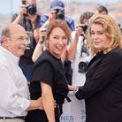 Gabriel Sara, Emmanuelle Bercot, Catherine Deneuve au photocall du film «De son vivant»