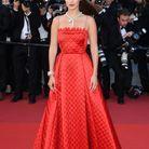Bella Hadid en Dior (Bijoux Bulgari)