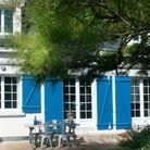 Maison volet bleu