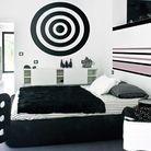 Maison noir et blanc chambre