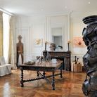 Chateaugrandsalonchemineesculptures