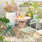 Une chaise de balcon Maisons du Monde