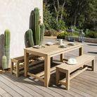 Table en bois et bancs