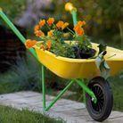 Des outils de jardinage pour les enfants