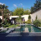 Trophée d'or ex-aequo dans la catégorie « piscine familiale de forme angulaire de moins de 40m2 »