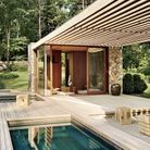 Piscine XXS sur une terrasse en bois