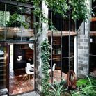 Adopter la verrière ou les baies vitrées dans le patio