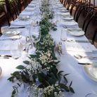 Chemin de table en eucalyptus classique et chic