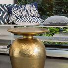 Bout de canapé doré