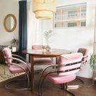 La suspension SINNERLIG dans... une salle à manger qui mixe les styles