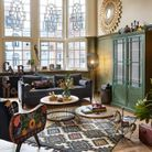 Eviter de centrer le tapis au milieu du salon