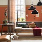 Un salon cuivre rose, miel ambré et lin clair