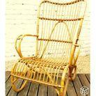 Un beau fauteuil en rotin