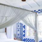 Une chambre blanche à l'esprit grec