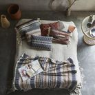 On opte pour le couvre lit pour créer une chambre cosy