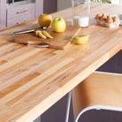 Un plan de travail en bois pour une cuisine authentique