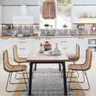 …Installer deux tapis l'un sur l'autre sous la table à manger du coin repas
