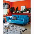 Utilisez et aménagez les murs de votre petit appartement