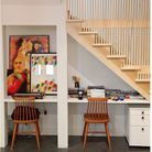 Un bureau sous l'escalier