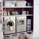 Une machine à laver surélevée