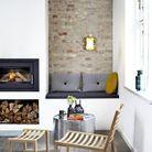 Une cheminée moderne cosy