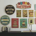 >> Misez sur des plaques rétro pour un mur de cuisine