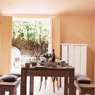 Une peinture abricot pour apporter de la luminosité