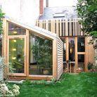 >> Une extension en bois au rez-de-chaussée