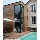 >> Une extension en bois ultra contemporaine
