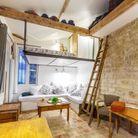 Petite maison avec terrasse à Paris