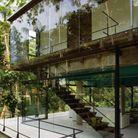 Une maison d'architecte toute en transparence au Brésil