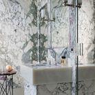 Une salle de bains 100 % marbre