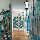 Promenade parisienne dans le couloir
