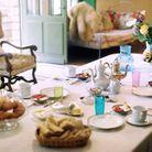 La table de petit déjeuner avec ses pâtisseries maison