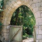 Le portail d'entrée en forme d'ogive