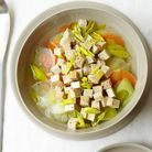 Soupe minceur  aux légumes et au tofu fumé