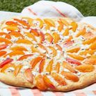 Pizza sucrée abricot-dragées