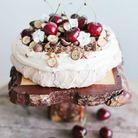 Pavlova aux cerises et chocolat