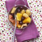Fruits pochés au thé aux épices
