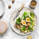 Salade de tête de moine, oeufs mollets et cecina
