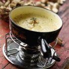soupe a l ancienne 50 recettes de montagne elle table. Black Bedroom Furniture Sets. Home Design Ideas