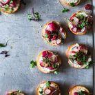 Mini-bagels aux radis roses
