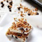 Barre de yaourt glacé, chocolat et granola
