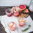 Cocktail à la rhubarbe et pamplemousse