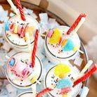 Mini-brochettes de bonbons sur verre