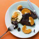 Crêpes au cacao, crème et mandarines